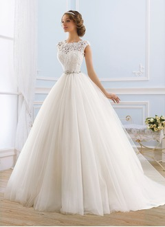 Ball-Gown Scoop Neck Sweep Train Tulle Wedding Dress With Lace Beading