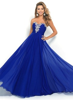 A-Line/Princess Strapless Sweetheart Sweep Train Chiffon Prom Dress With Ruffle Beading