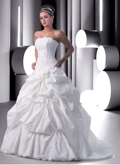 Ball-Gown Strapless Chapel Train Taffeta Wedding Dress With Ruffle Lace Beading Flower(s)