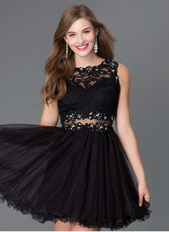 A-Line/Princess Scoop Neck Short/Mini Tulle Prom Dress With Lace Beading