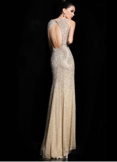 Trumpet/Mermaid V-neck Sweep Train Chiffon Sequined Evening Dress With Beading Split Front