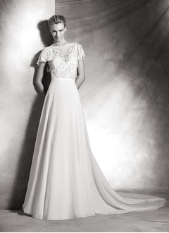 A-Line/Princess Scoop Neck Court Train Chiffon Lace Wedding Dress With Appliques Lace