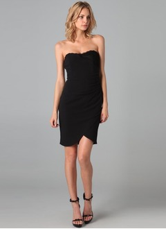 Sheath/Column Strapless Sweetheart Knee-Length Chiffon Cocktail Dress