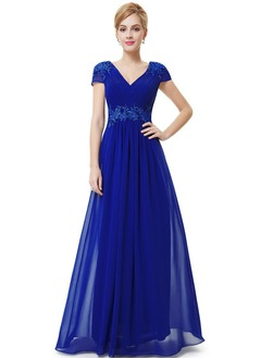 A-Line/Princess V-neck Floor-Length Chiffon Prom Dress With Ruffle Appliques Lace