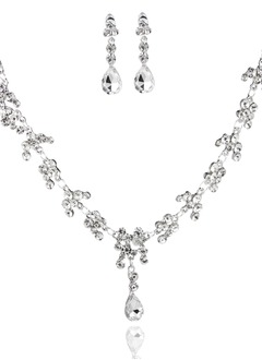 Elegant Alloy With Rhinestone Ladies' Jewelry Sets/Earrings/Necklaces