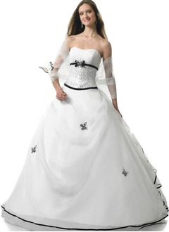 Ball-Gown Strapless Sweetheart Floor-Length Organza Quinceanera Dress With Ruffle Sash Beading Appliques Lace