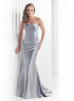 Trumpet/Mermaid Strapless Sweep Train Charmeuse Prom Dress With Ruffle Beading