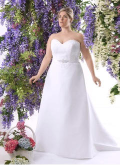 A-Line/Princess Strapless Sweetheart Chapel Train Chiffon Satin Wedding Dress With Lace Beading