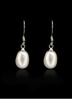 Elegant With Pearl Ladies' Earrings