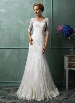 Trumpet/Mermaid V-neck Chapel Train Lace Wedding Dress (0025102996)