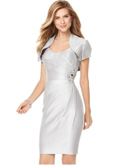 Sheath/Column Scoop Neck Knee-Length Satin Mother of the Bride Dress With Ruffle