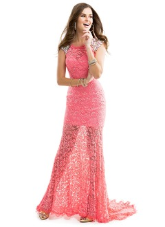 Sheath/Column Scoop Neck Court Train Lace Prom Dress With Beading Bow(s)