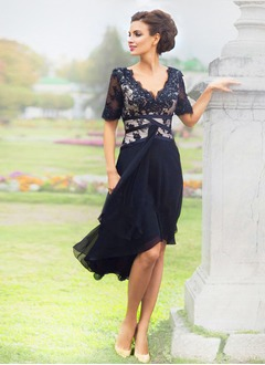 A-Line/Princess V-neck Asymmetrical Chiffon Lace Cocktail Dress With Lace Beading