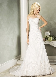 A-Line/Princess Strapless Sweetheart Chapel Train Satin Lace Wedding Dress With Ruffle Beading