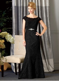 Trumpet/Mermaid Off-the-Shoulder Floor-Length Lace Mother of the Bride Dress With Crystal Brooch