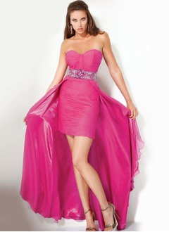 Sheath/Column Strapless Sweetheart Asymmetrical Chiffon Charmeuse Prom Dress With Ruffle Beading