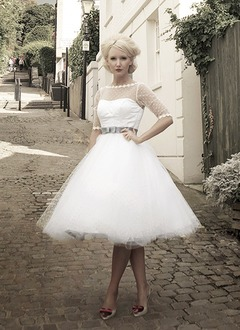 Ball-Gown Scoop Neck Knee-Length Tulle Wedding Dress With Sash Bow(s)