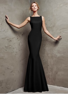 Trumpet/Mermaid Square Neckline Sweep Train Jersey Evening Dress
