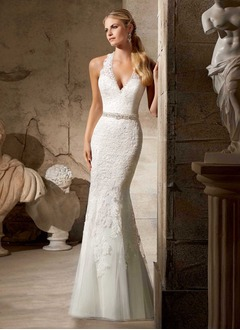 Trumpet/Mermaid V-neck Sweep Train Tulle Lace Wedding Dress With Beading