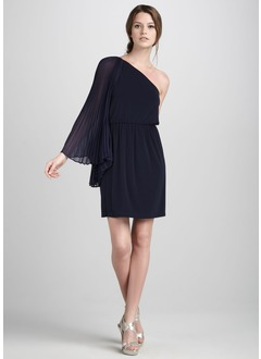 A-Line/Princess One-Shoulder Knee-Length Chiffon Cocktail Dress With Pleated