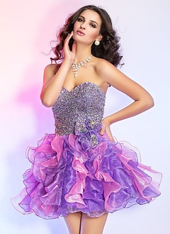 A-Line/Princess Strapless Sweetheart Short/Mini Organza Sequined Homecoming Dress With Cascading Ruffles