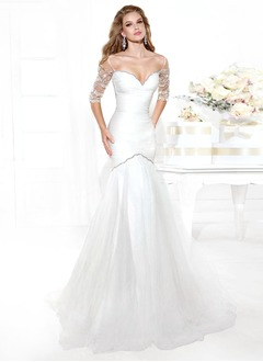 Trumpet/Mermaid Sweetheart Off-the-Shoulder Chapel Train Tulle Evening Dress With Ruffle Beading
