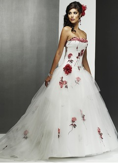 Ball-Gown Strapless Sweetheart Chapel Train Satin Tulle Wedding Dress With Appliques Lace