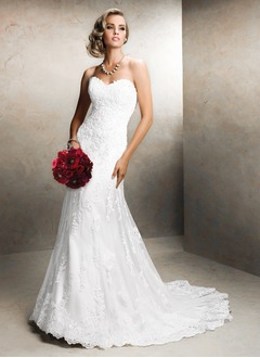 Trumpet/Mermaid Sweetheart Court Train Tulle Lace Wedding Dress With Appliques Lace