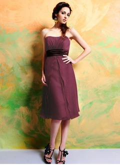 Empire Strapless Sweetheart Knee-Length Chiffon Charmeuse Bridesmaid Dress With Ruffle Sash