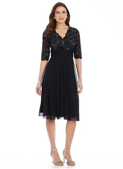 Empire V-neck Knee-Length 30D Chiffon Mother of the Bride Dress With Lace