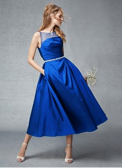 A-Line/Princess Scoop Neck Tea-Length Taffeta Tulle Prom Dress With Beading