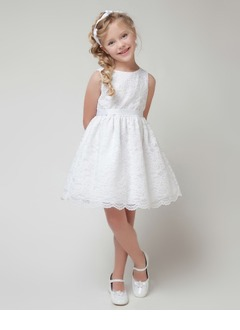 A-Line/Princess Scoop Neck Knee-Length Charmeuse Lace Flower Girl Dress With Sash