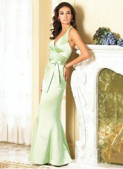 Trumpet/Mermaid Halter Floor-Length Satin Bridesmaid Dress With Ruffle Bow(s)