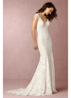 Trumpet/Mermaid V-neck Court Train Lace  ...