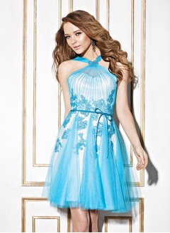 A-Line/Princess V-neck Short/Mini Tulle Charmeuse Homecoming Dress With Ruffle Lace Bow(s)