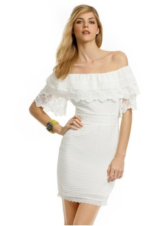 Jakke Off-shoulder halsudskæring Kort/Mini Chiffon Blonde Cocktailkjole med Flæsekanter