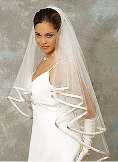 Two-tier Waltz Bridal Veils With Ribbon Edge (00605003601)