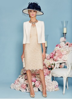Sheath/Column V-neck Knee-Length Lace Mother of the Bride Dress With Beading (0085095824)