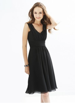 A-Line/Princess V-neck Knee-Length Chiffon Bridesmaid Dress  ...