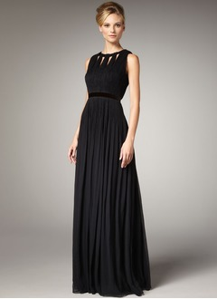 A-Line/Princess Scoop Neck Floor-Length Chiffon Evening Dress With Pleated