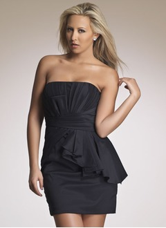 Sheath/Column Strapless Short/Mini Taffeta Homecoming Dress With Ruffle