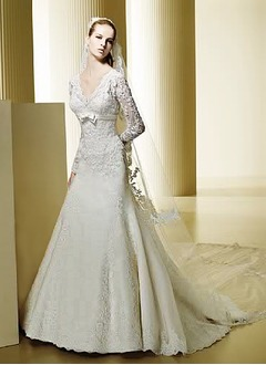 A-Line/Princess V-neck Chapel Train Satin Lace Wedding Dress With Beading
