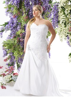 A-Line/Princess Strapless Sweetheart Chapel Train Satin Wedding Dress With Lace Beading