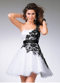 A-Line/Princess One-Shoulder Short/Mini Organza Satin Prom Dress With Lace Sash Beading