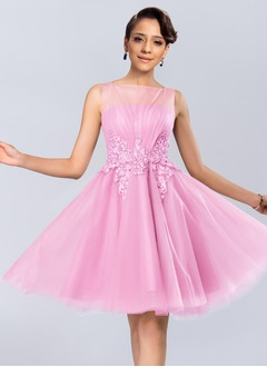 Ball-Gown Square Neckline Knee-Length Tulle Lace Homecoming Dress With Ruffle