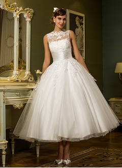 A-Line/Princess Scoop Neck Ankle-Length Tulle Wedding Dress With Appliques Lace
