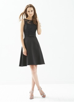 A-Line/Princess Scoop Neck Knee-Length Satin Lace Cocktail  ...