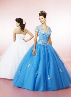 Ball-Gown Strapless Sweetheart Floor-Length Tulle Quinceanera Dress With Ruffle Beading