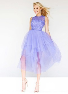A-Line/Princess Scoop Neck Tea-Length Tulle Prom Dress With Beading Appliques Lace