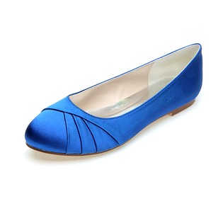 Women's Satin Flat Heel Closed Toe Flats (0475099926)